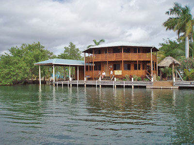 Cap's Inn Placencia Belize Rentals