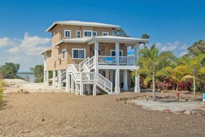 Kat Casa Placencia Belize Rentals