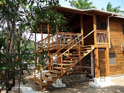 Cap's Inn Cabana Placencia Belize Rentals